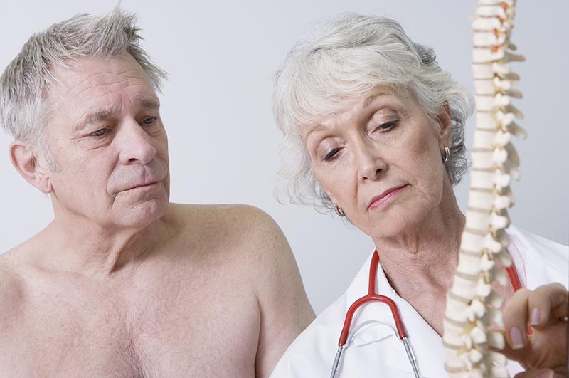Почему возникает артроз в позвоночнике