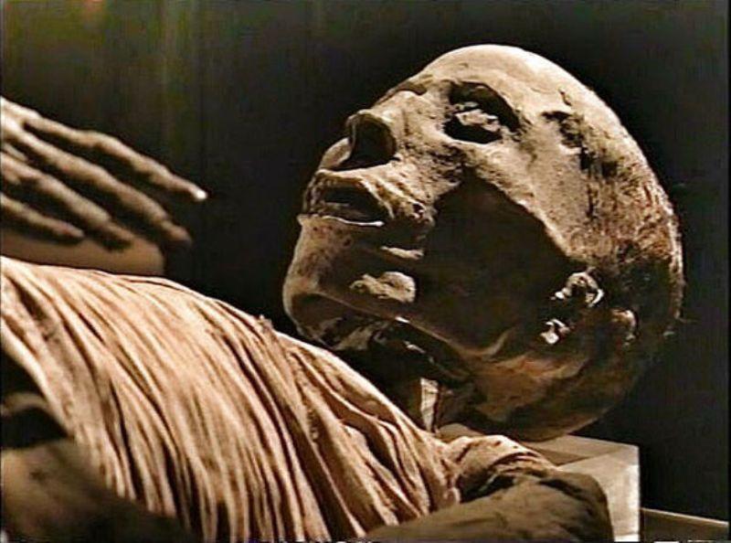Новая археологическая загадка: В мумии нашли следы уникальной операции