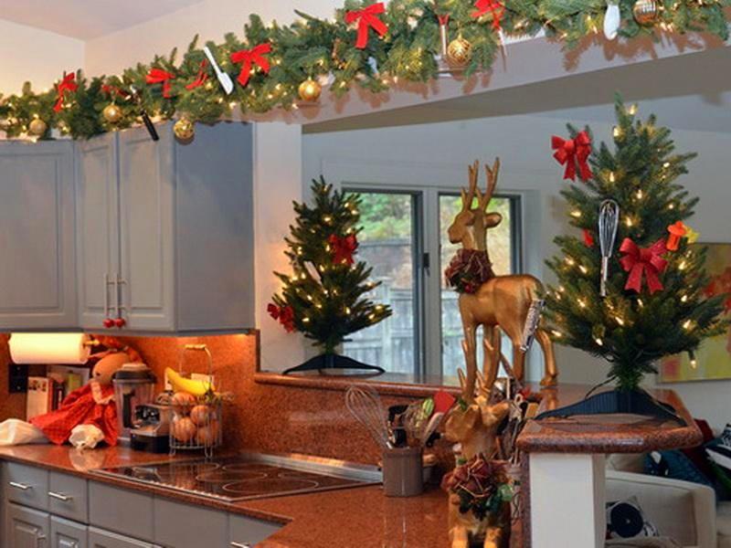 Как украсить кухню к новому году своими руками с фото