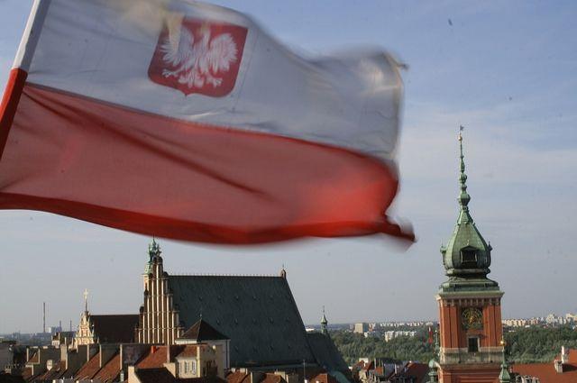 МИД Польши отстранил консула в США из-за фотоколлажа с Туском
