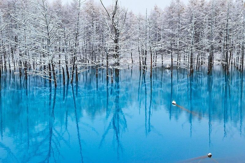 Голубой пруд Биэй в зимний период