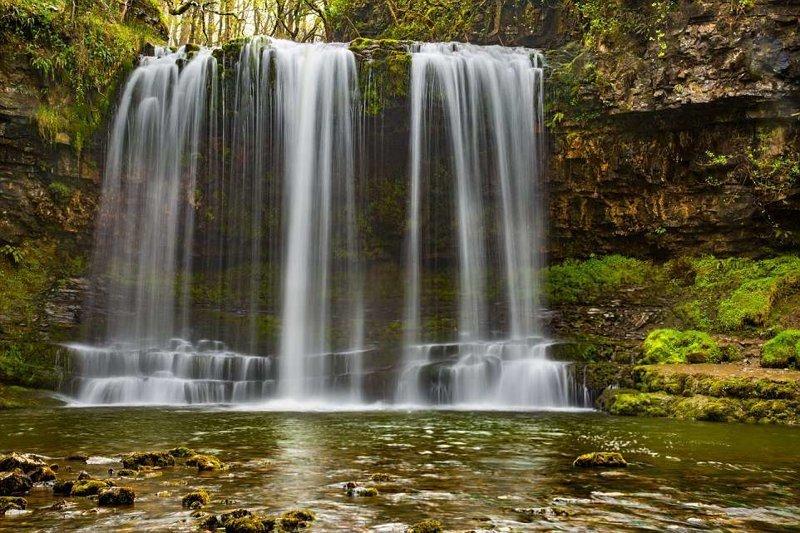 10. Излюбленное место для фотографий. Здесь можно легко пробраться между скалой и падающей водой! в мире, красивые места, мир, неожиданно, пляж, путешествия, туризм, фото