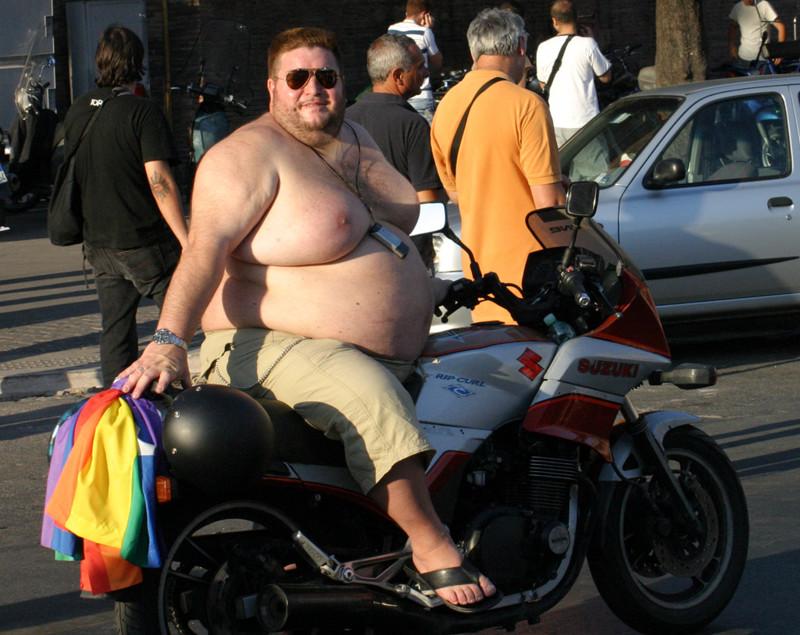 Девки с большими жопами на мотоциклах за рулем видео фото 501-8
