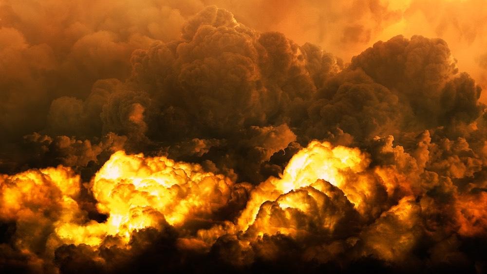 Взрыв боеприпасов в Ичне: на Украине требуют признать, что русские не при чём