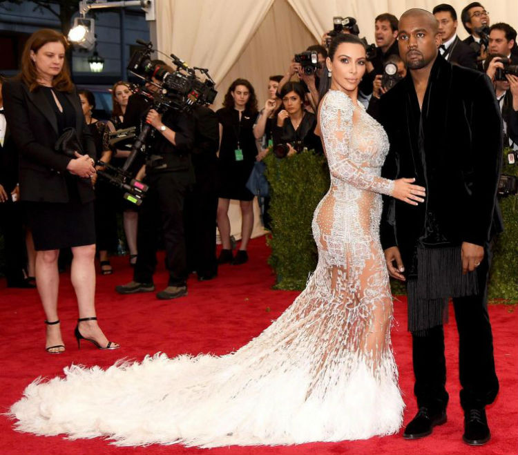Ким Кардашьян на Met Gala 2015 история, платье
