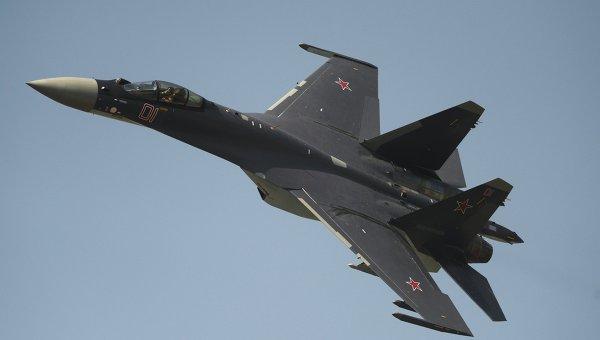 СМИ: разведчик ВВС США слишком неуклюж для сближения с истребителем РФ