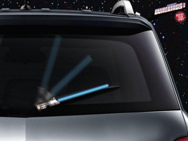 Светящиеся насадки на дворники задних стекол автомобиля