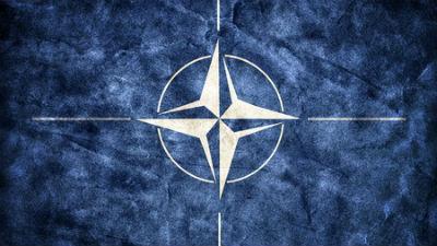 НАТО официально пригласил Черногорию в альянс