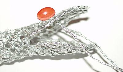 Змея - плетение из фольги - своими руками. Символ 2013 года. Мастер-класс Олеси Емельяновой. Глаза змеи на голове