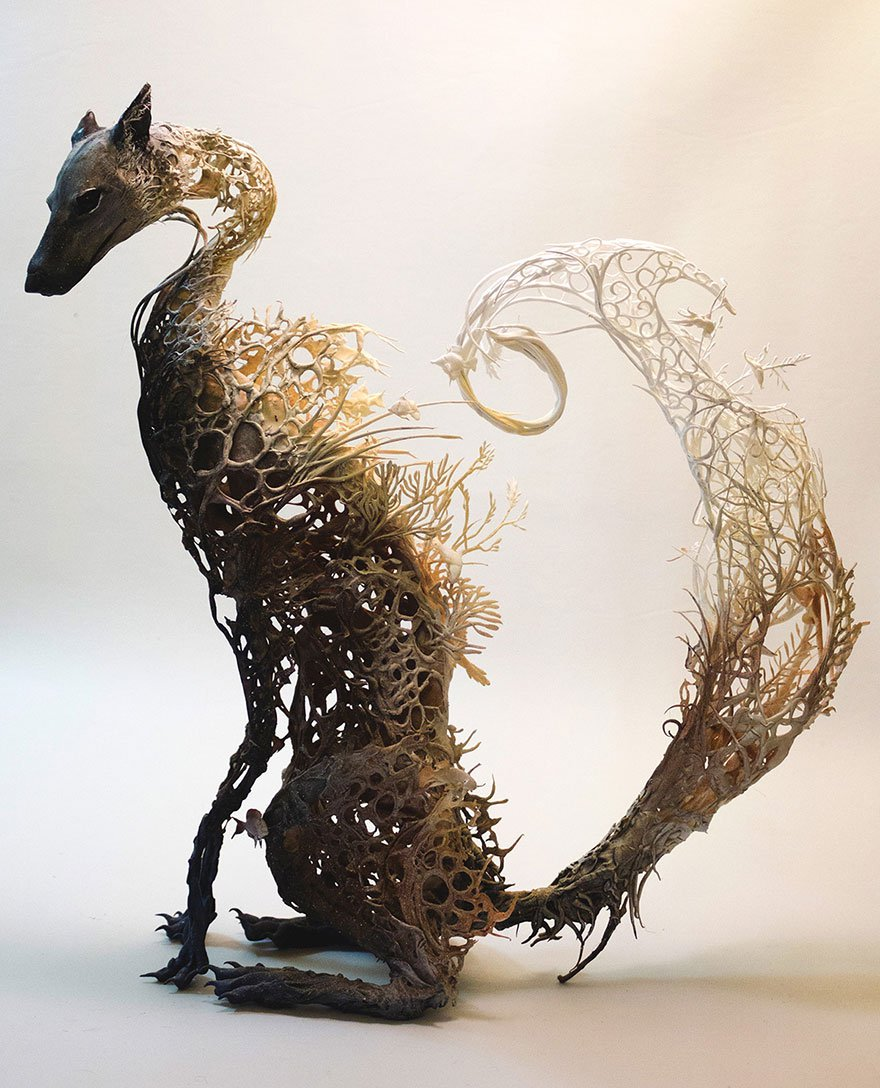 surreal-animal-sculptures-ellen-jewett-2