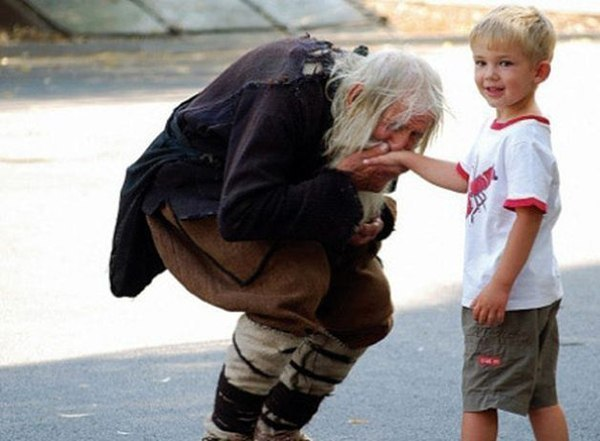 Мне бы очень хотелось,чтобы весь мир узнал об этом потрясающем человеке ...