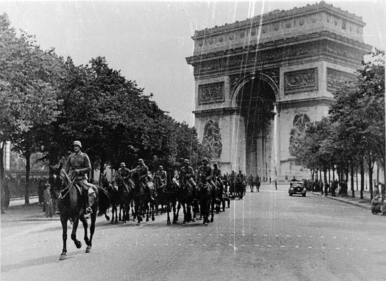 Почему Франция так быстро сдалась Гитлеру?