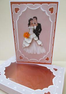 Свадебная открытка в упаковке с технике парчмент крафт.