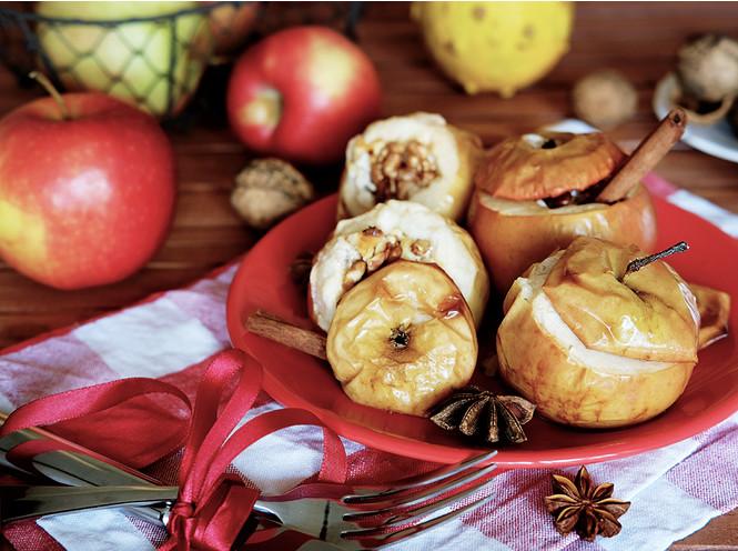6 рецептов с яблоками на любой вкус