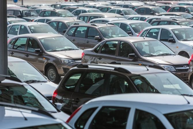 АВТОВАЗ возобновляет экспорт Lada в Венгрию