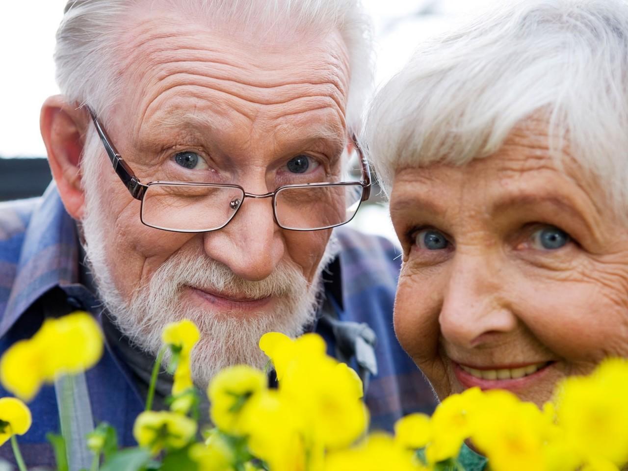 Запах старости: возрастные правила личной гигиены
