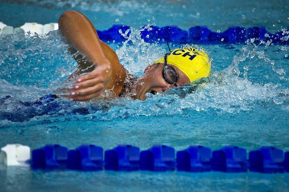Пловец Минаков принес России очередное золото на юношеской Олимпиаде