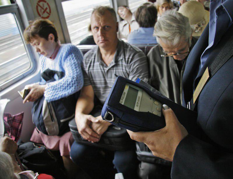 Льготы пенсионерам в 2018 году на проезд в московских электричках