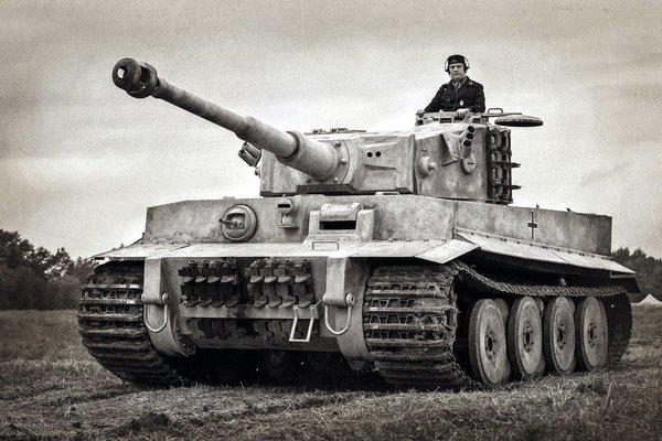 Бетонный Т-34
