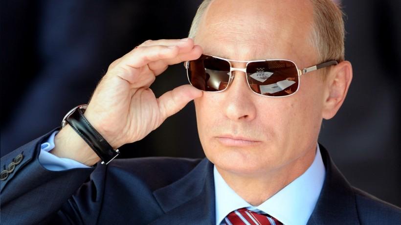 Товары, рабочие, визы, чартеры: Россия ввела санкции против Турции