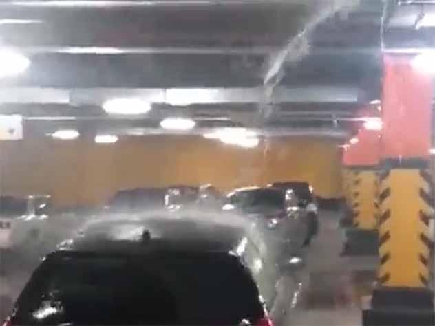 Сильный ливень устроил в Новосибирске грандиозный потоп