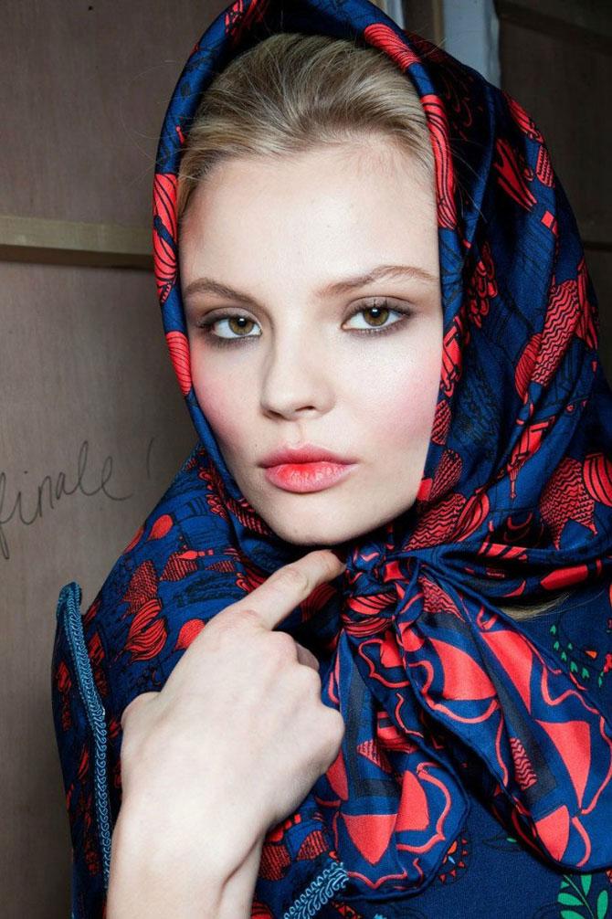 Как красиво завязывать платок, чтобы он не спадал