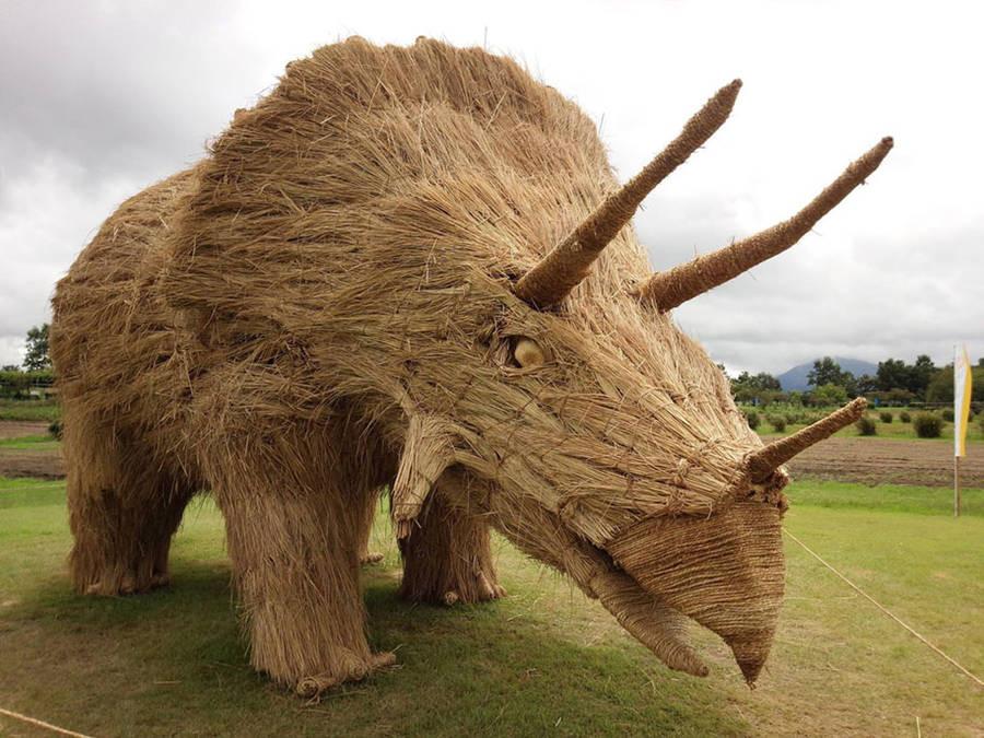 15 потрясающих скульптур из необычных материалов в мире, скульптура