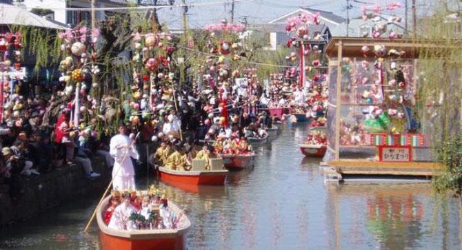 Красивый японский праздник Хина Мацури