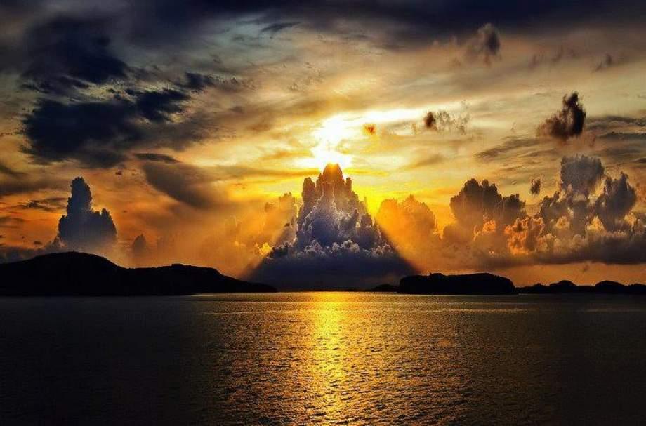 Незабываемый закат солнца в Швеции
