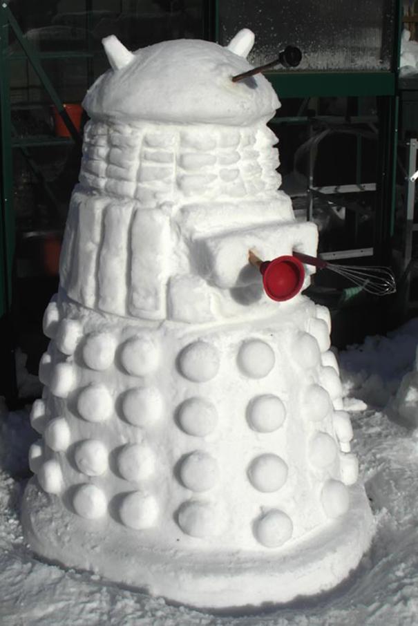 snow-sculpture-art-snowman-winter-9__605