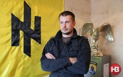 """Главарь """"Азова"""" обвинил Порошенко в стремлении набить собственные карманы"""