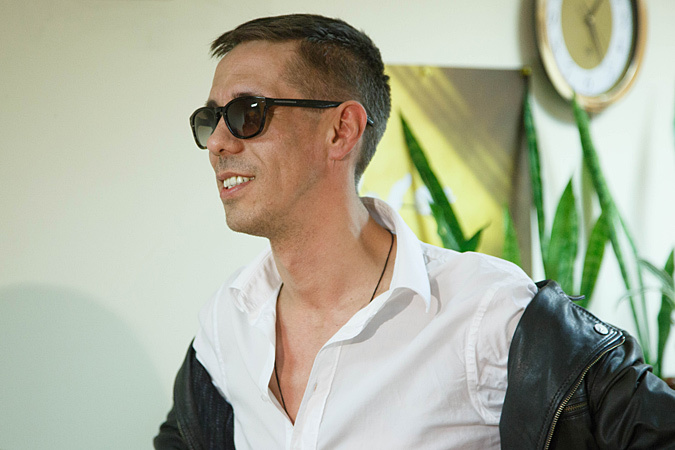 Актер Алексей Панин едет на Донбасс