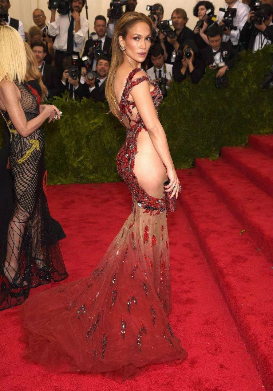Дженнифер Лопес на Met Gala 2015 история, платье