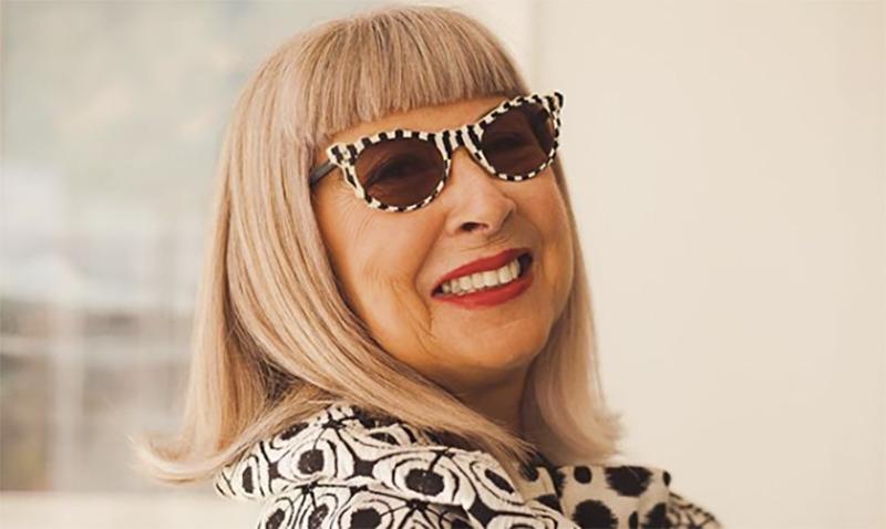 «Поцелуй мой возраст»: знакомимся с 68-летней звездой модного инстаграм-аккаунта на пенсии