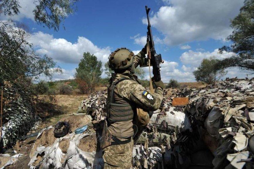 Эксперт рассказал, как Киев смог «сбить» вражеский беспилотник на Донбассе