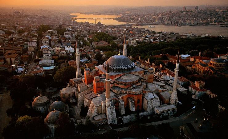 В этот день не стало Константинополя