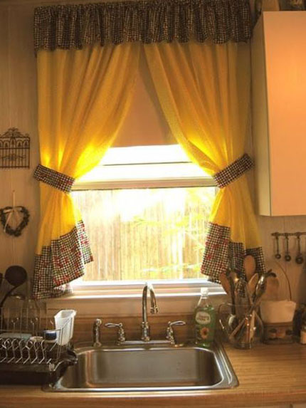 Фото штор для маленькой кухни