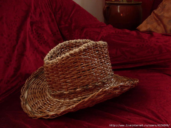 МАСТЕРИЛКА. Шляпа из газет