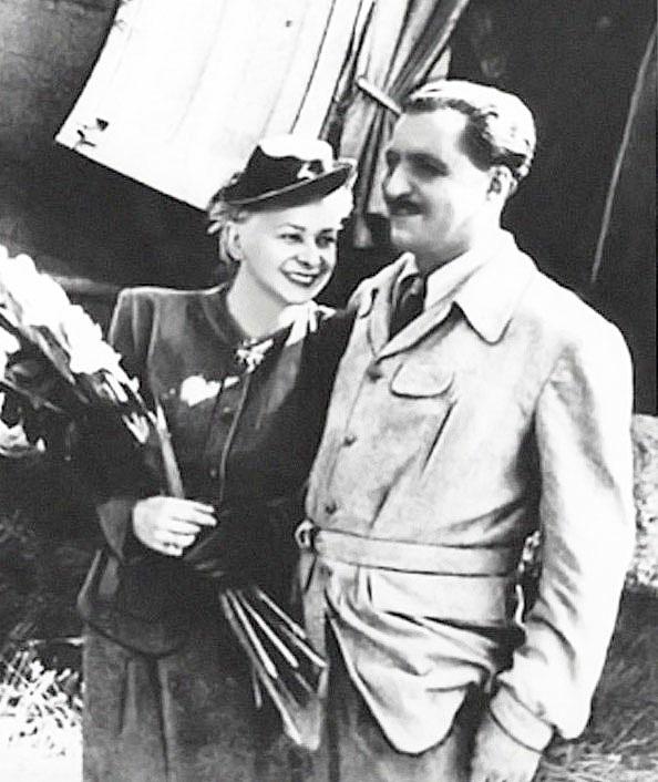 Валентина Серова (Valentina Serova) - Валентина Серова и Константин Симонов. Франция, 1946 год.