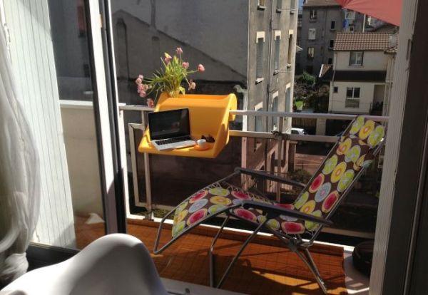 balKonzept – идеальный столик для маленьких балконов