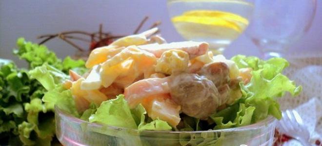 салат с ананасами и шампиньонами