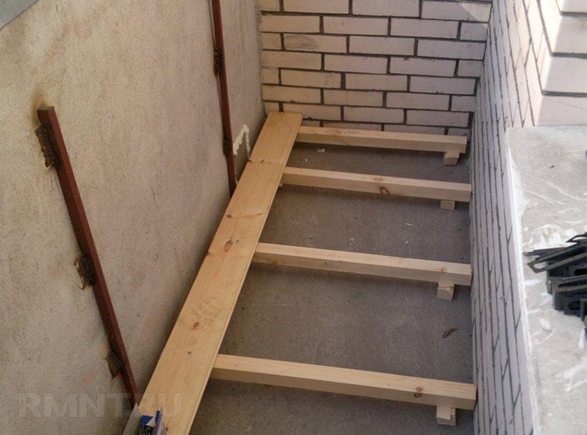 Как делать на балконе пол на балконе