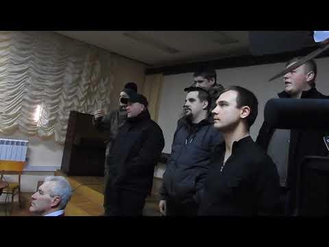 """В Луцке """"Азов"""" сорвал показ советского фильма о летчиках. Видео"""