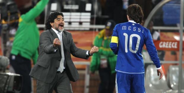 Марадона: Месси не надо слушать идиотов