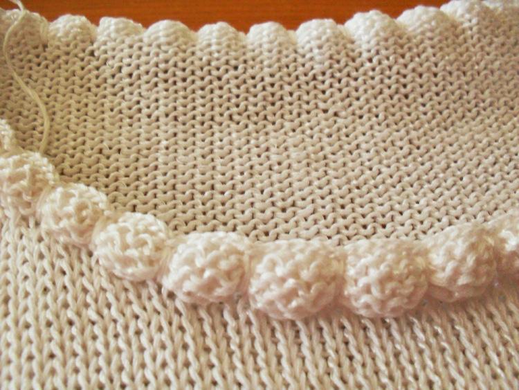 Оригинальная идея отделки горловины пуловера