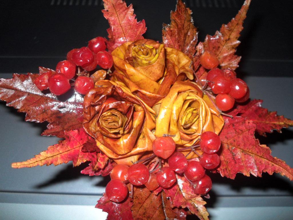 Осенние букеты своими руками листьями 666