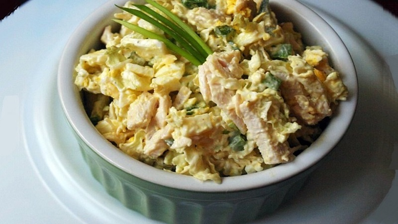 как приготовить салат с пекинской капустой