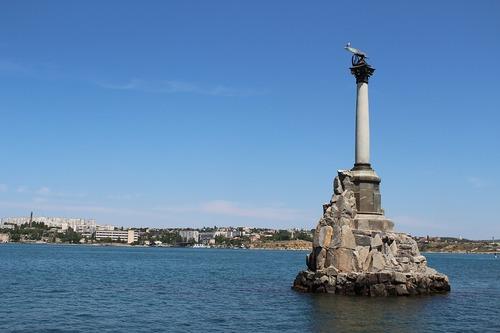 Порошенко пообещал убрать базу ВМФ РФ из Севастополя