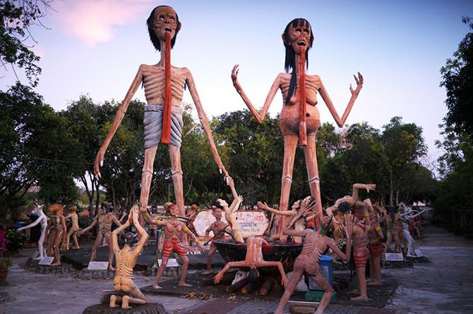 10. Ван Саен Сук: буддистский ад статуи, ужас