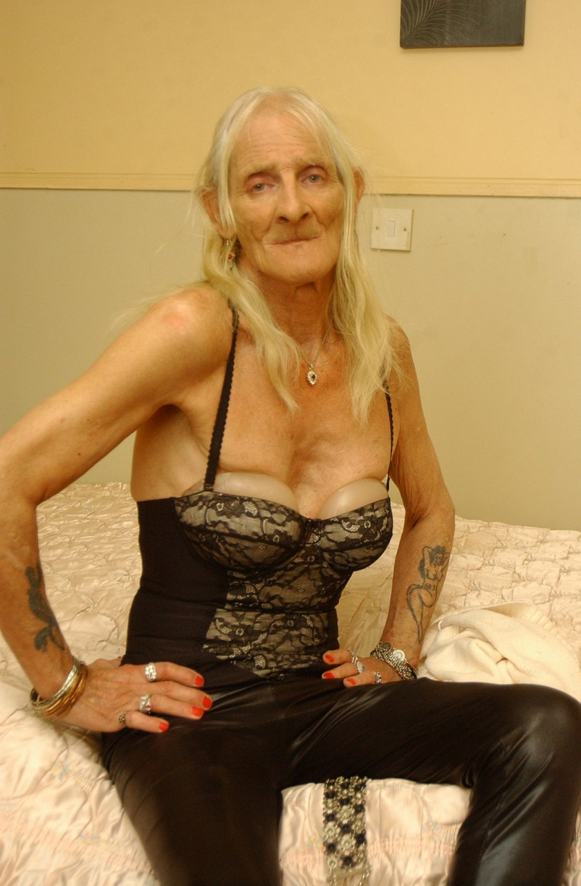 foto-krupno-transvestiti